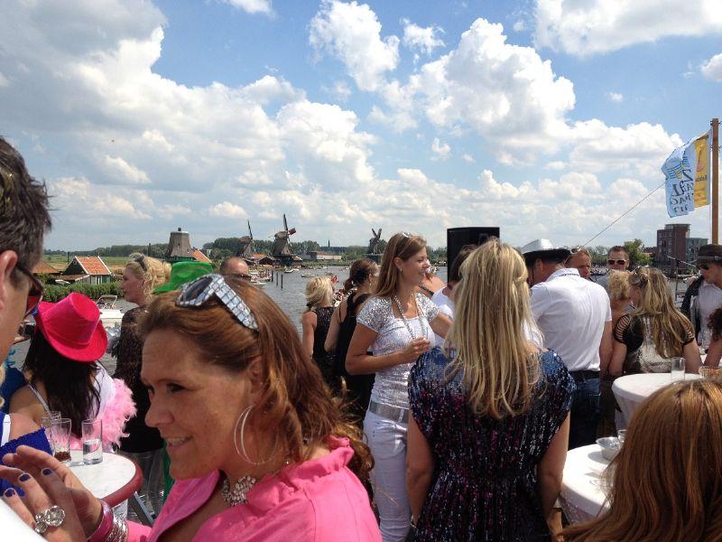 partyboot als feestlocatie