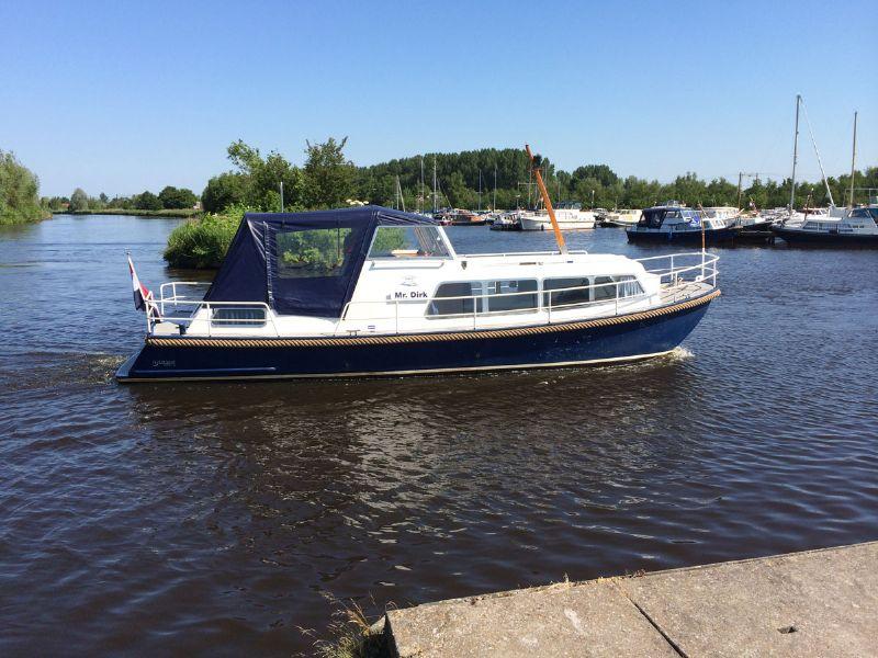 dé yachtcharter met betaalbare motorboten