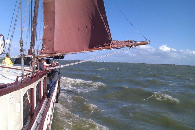 traditioneel zeilen met een uniek zeilschip