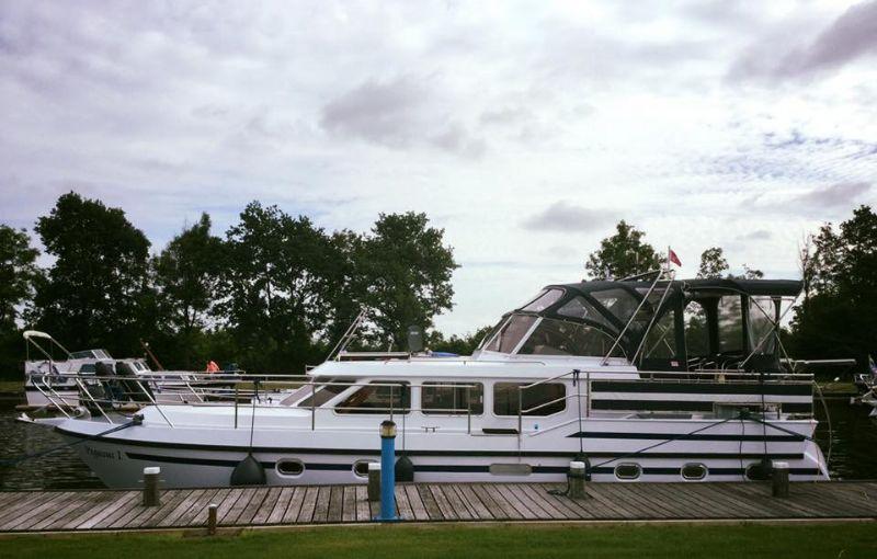 yachtcharter met ruim 30 schepen
