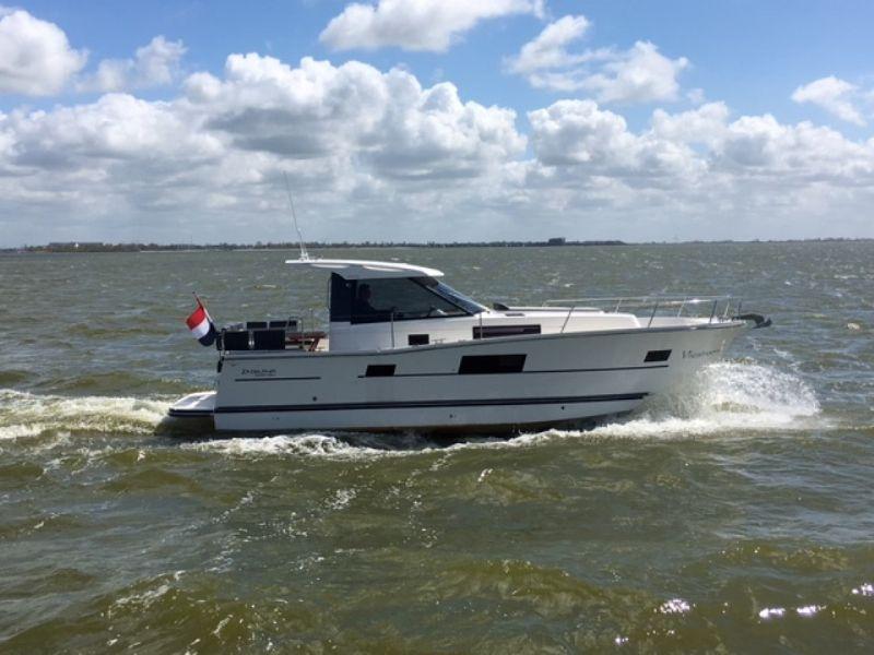 motorjacht huren aan het IJsselmeer