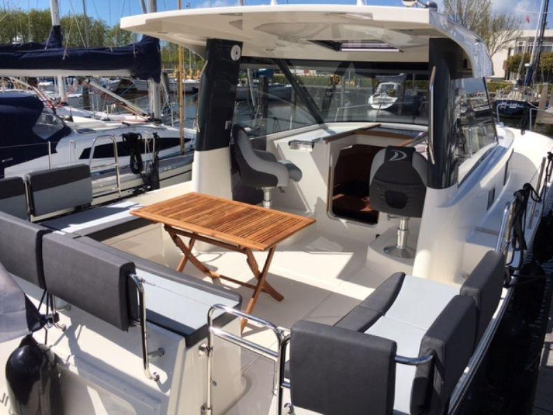 yachtcharter met mooie ruime schepen