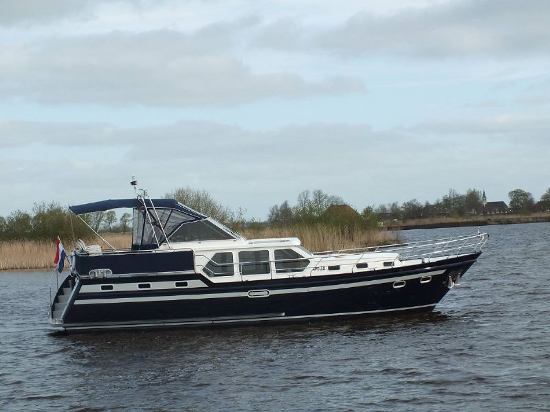 yachtcharter de waterpoort
