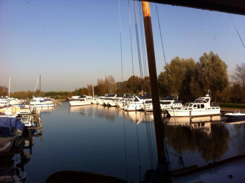 moderne jachthaven in Friesland