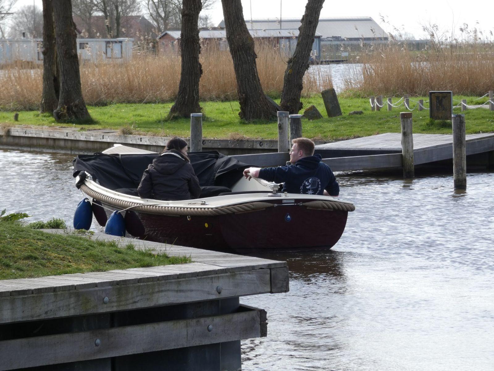 sloepvaren in het Friese merengebied