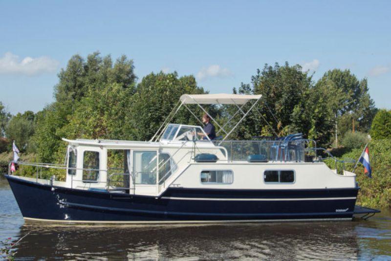 yachtcharter met ruime motorjachten