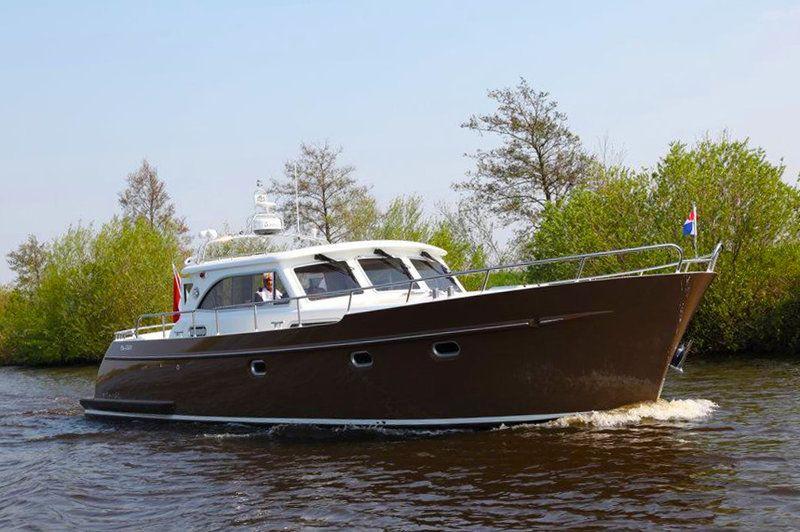 delta yachtcharter bv