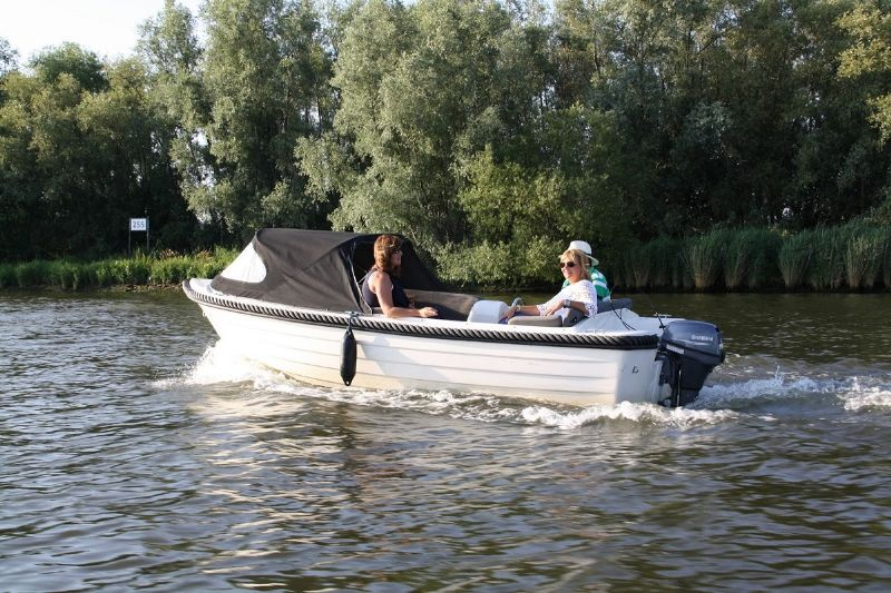 watersport botenverhuur